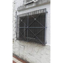 Ventana Con Reja Y Puerta De Hierro Superfuerte