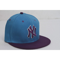 Gorra Plana Cerrada Combi Ny Yankees 7 3/8, 7 1/2 Y 7 5/8