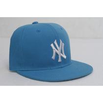 Gorra Plana Cerrada Ny Yankees Turquesa Talle 7 1/8 Y 7 1/4
