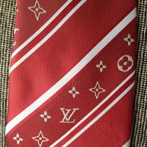 Hermosa Corbata De Seda Roja Con Detalles - C021