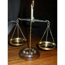 Mini Balanza Bronce 2 Platos Con 7 Pezas 20 Centimetros