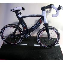 Adorno Para Torta Bicicletas En Porcelana Fría Narartesana