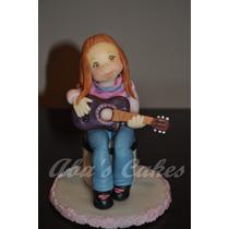 Adorno Nena Tocando La Guitarra Porcelana Fria
