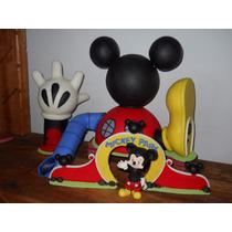 Mickey Mouse Y La Casa En Porcelana Fría