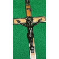 Crucifijo De Hierro Y Madera Único