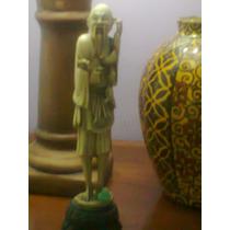 Hermosa Figura Oriental Chino Con Vasija Impecable Alvicto