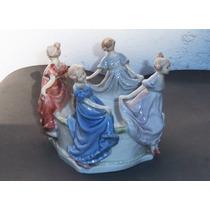 Hist.*- Figuras Ronda En La Fuente-porcelana Alemana -envío
