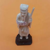 Hombre Chino Con Espada. Figura Decorativa.