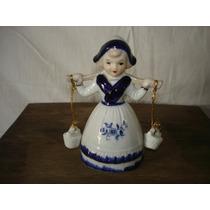 Muñeca Con Cestos Porcelana