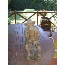 Excepcional Antigua Figura De Un Pescador En Ceramica Brasil