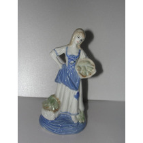 Figura De Mujer De Ceramica