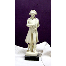 Figura Escultura De Napoleón En Marmolina