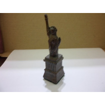 Estatua De La Libertad Miniatura Metal Antigua