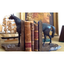 Apoya Libros Escultura De Caballo Con Base De Marmol