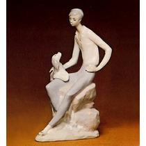 El Arcon Figura Porcelana Nao By Lladro Joven Con Su Perro