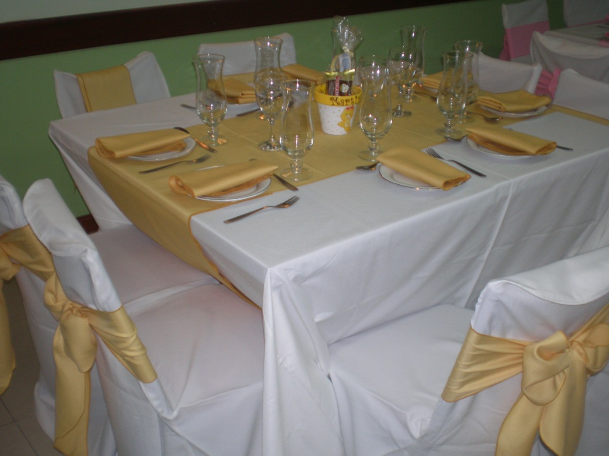 Fotos de alquileres de manteleria y sillas para eventos en - Imagenes de mesas con manteles ...