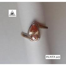 Anillo Con Piedra Dorada De Plata 925 Y Detalles Oro Diseño