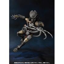Avp Wolf Predator Heavy Armed S.h. Monsterarts - Bandai
