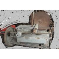 Maquina De Cortar Fiambre Antigua