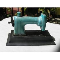 Maquina Coser Antigua Juguete Jugal Argentina Plastico Juego