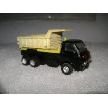 Camion Volcador Izusu 1/70 Metal Y Plastico Ruedas De Goma