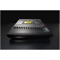 Consola Digital Yamaha 01v96i