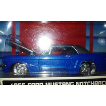 Maisto 1/64 .1964 Ford Mustang Notchback Diecast Collection