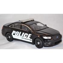 Policia Ford Interceptor Welly Auto Patrullero Coleccion