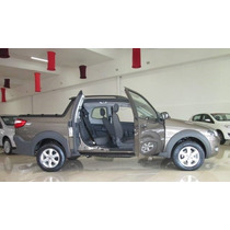 Fiat Strada Trekking Doble Cabina