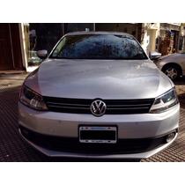 Volkswagen Vento Luxury 2.5 4p 2011