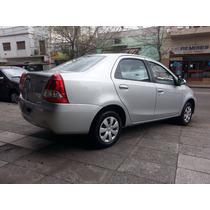 Toyota Etios Xs 4 Puertas Okm Entrega Imediata Gris Plata