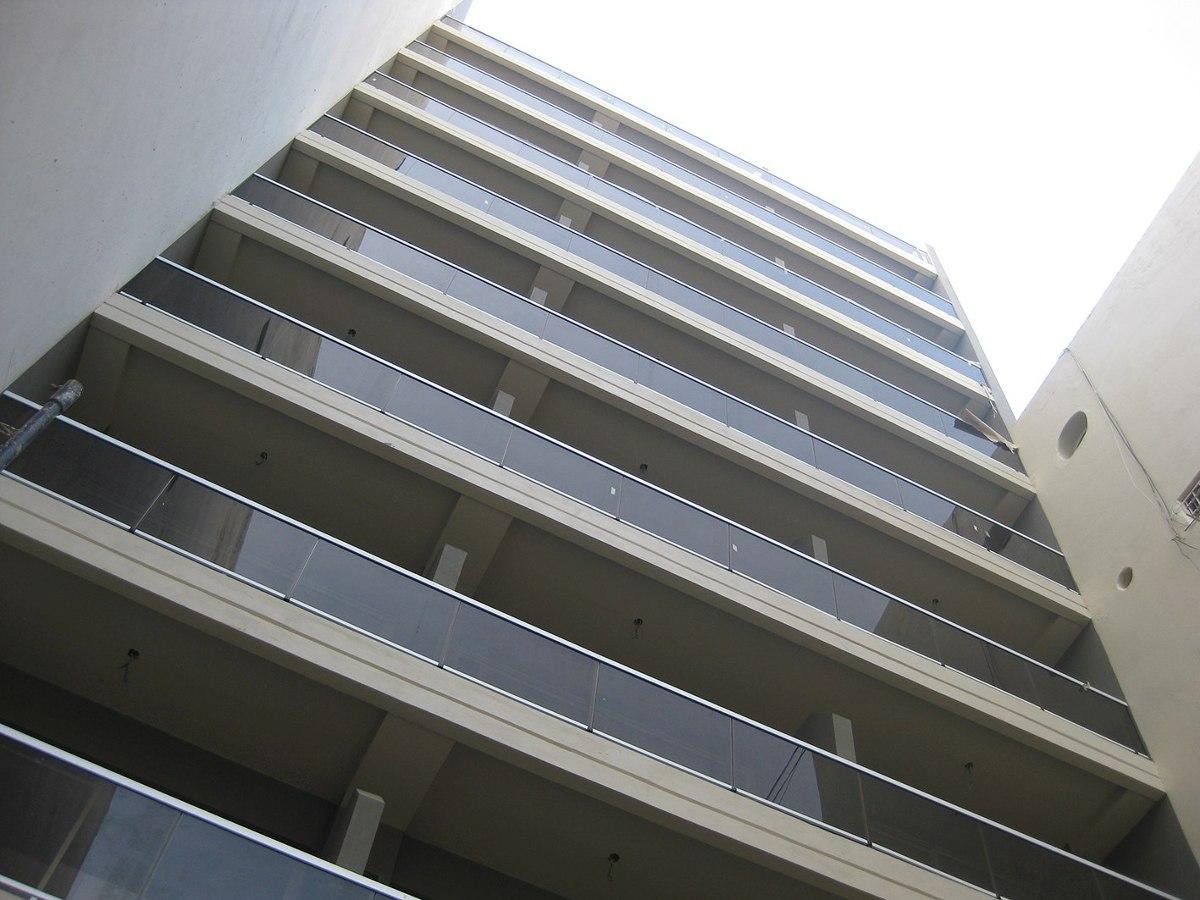 Pin Balcones Escaleras Metalicas Ventanas Puertas