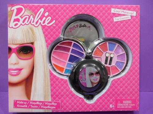 barbi en maquillaje: