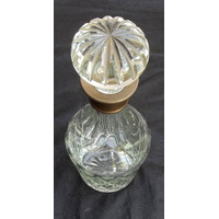 Antigua Botella Wiskera En Cristal Tallado Cuello De Plata.