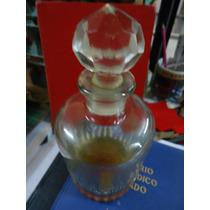 Antiguo Botellon Perfumero O Licorero En Cristal Tallado