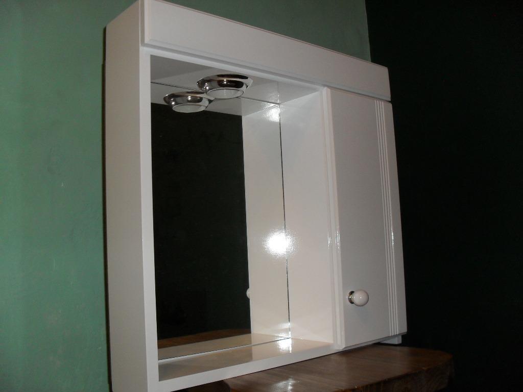 Botiquin Para Baño En Pvc:Botiquin Con Espejo Para Baño Laqueado Con Luz – Peinador – $ 299,00