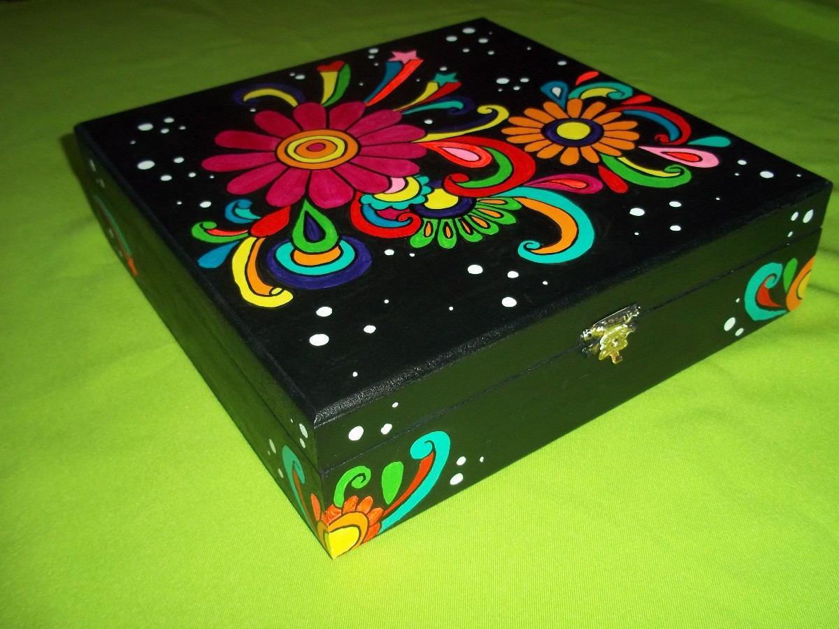 Cajas de madera pintadas a mano imagui - Baules pintados a mano ...