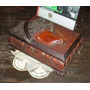 Antigua Caja Costurero Perro 26x29x4 (3122)