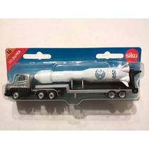 -full- Camión Transportando Misil Siku 1610 H0 Aprox