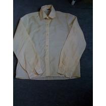 Camisa En Color Beige Claro Talle 42