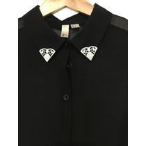 Camisa De Gasa Negra Con Detalle En Cuello