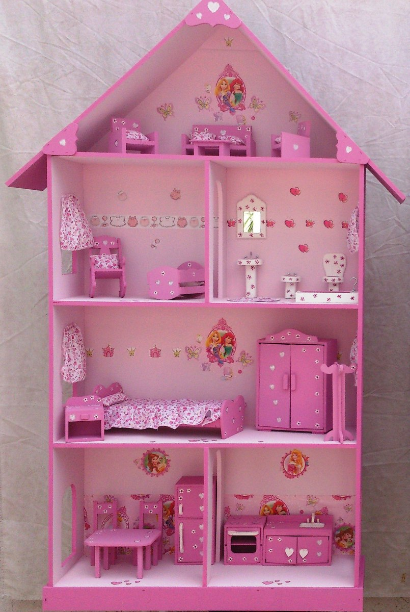 Casita mu ecas barbie pintada y decorada con muebles title for Muebles para barbie