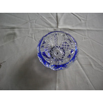 Cenicero Antiguo De Cristal Azul Tallado