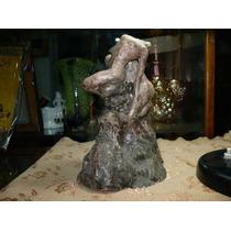Antigua Escultura En Ceramica Motivo Cuerpos Desnudos