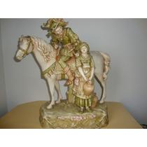 Porcelana Faiance, Caballero Montado Y Campecina .