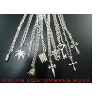Cadena Fantasia Con Dijes Vs. Calaveras/chala/cruces Rock