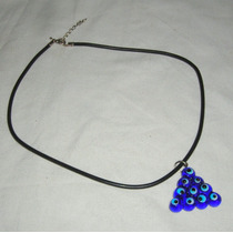 M129 Collar Gargantilla Caucho Y Dije Piramide Con Ojo Turco