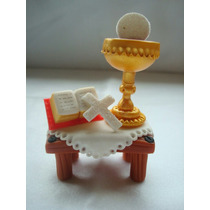 Souvenirs Misales De Comunión En Porcelana Fría