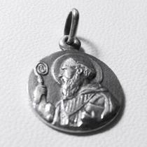 Medalla De San Benito De Plata 925