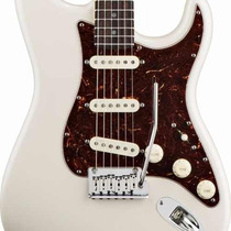 Oferta! Guitarra Fender Stratocaster American Deluxe, Mn, Pe